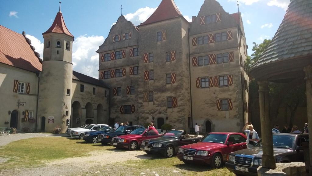 Innenhof der Harburg mit Sterne